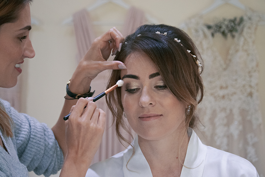 Relaxed Bridal Prep Photography Caswell House Cotsworlds Wedding Venue