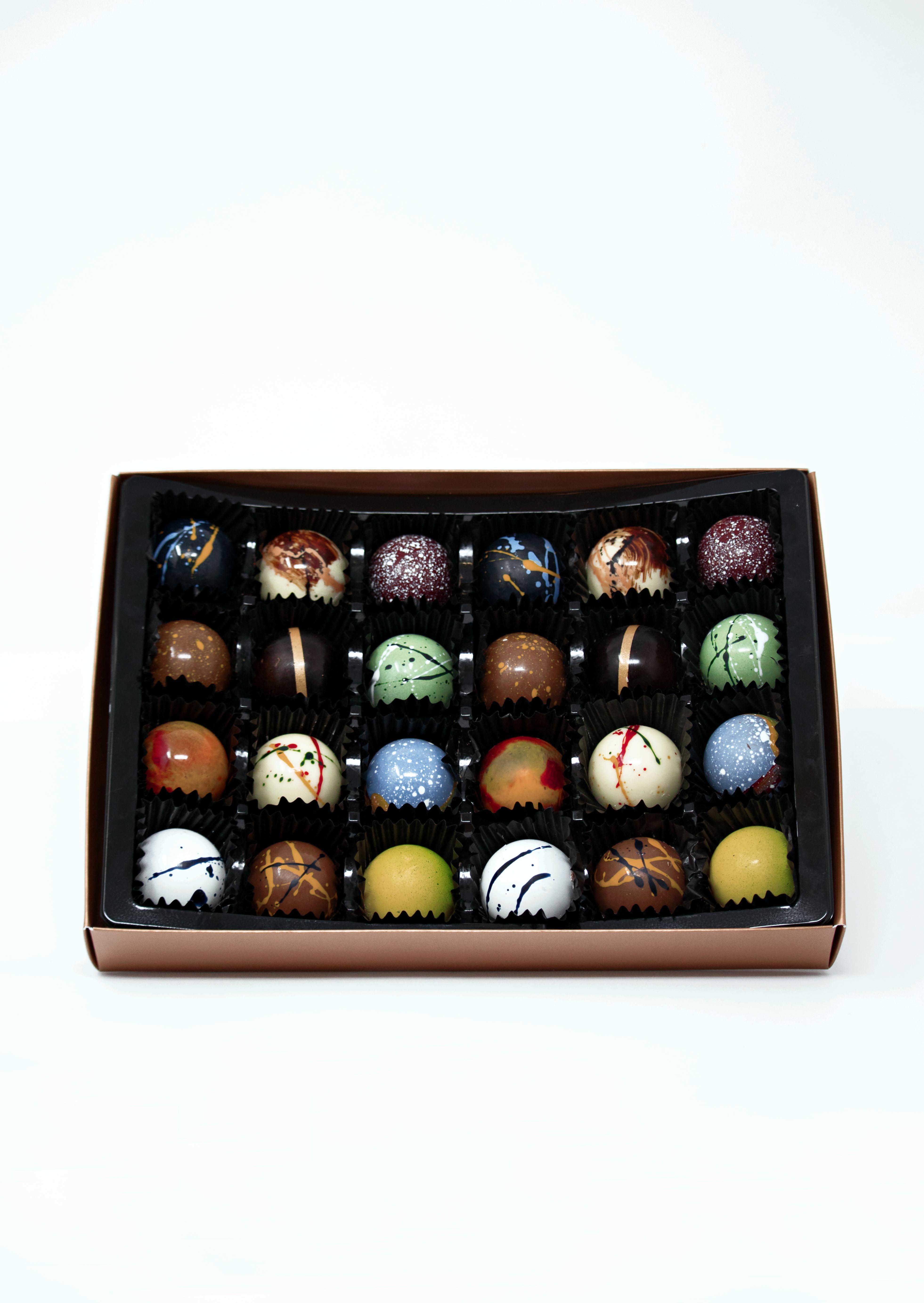 T&M Chocolate Box