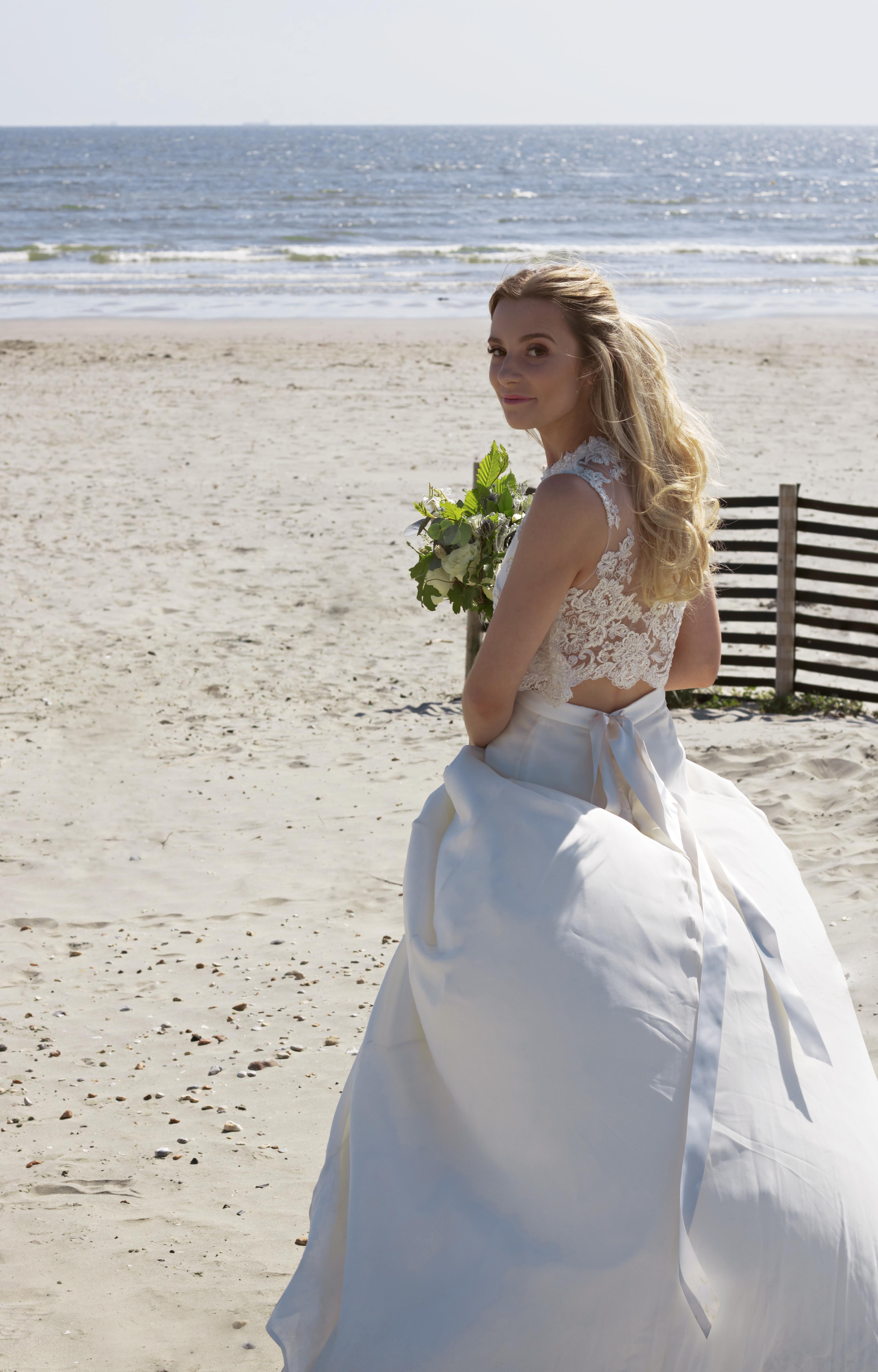 Beautiful Bridal Shots at the Beach