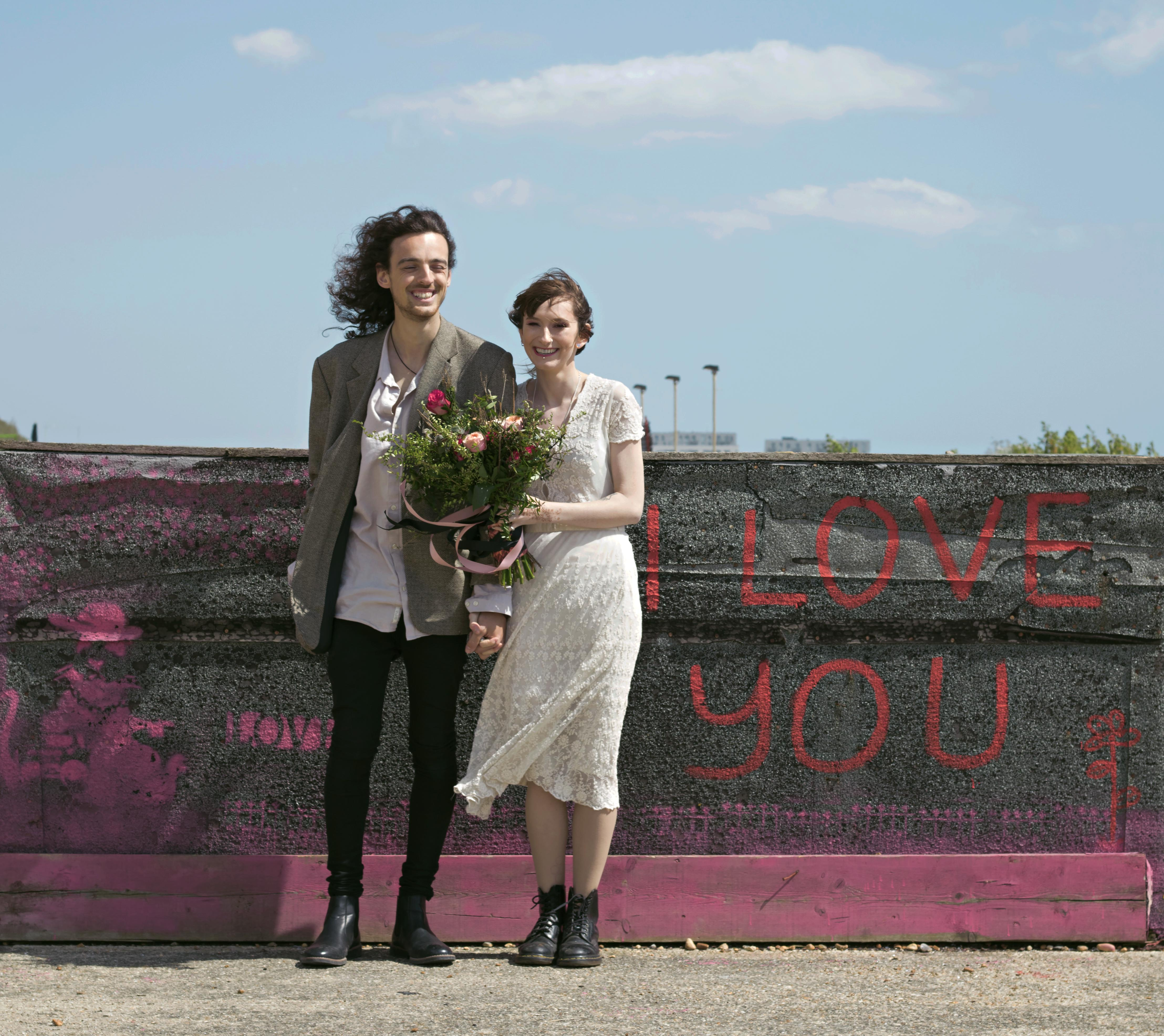 "Spring Couple Portraits by ""I Love You Graffiti"""