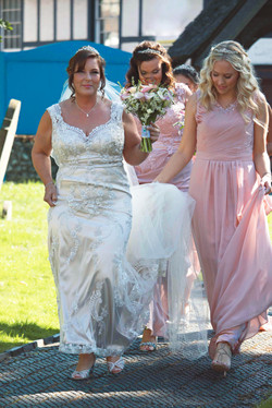 Surrey Bridal Party Arrive