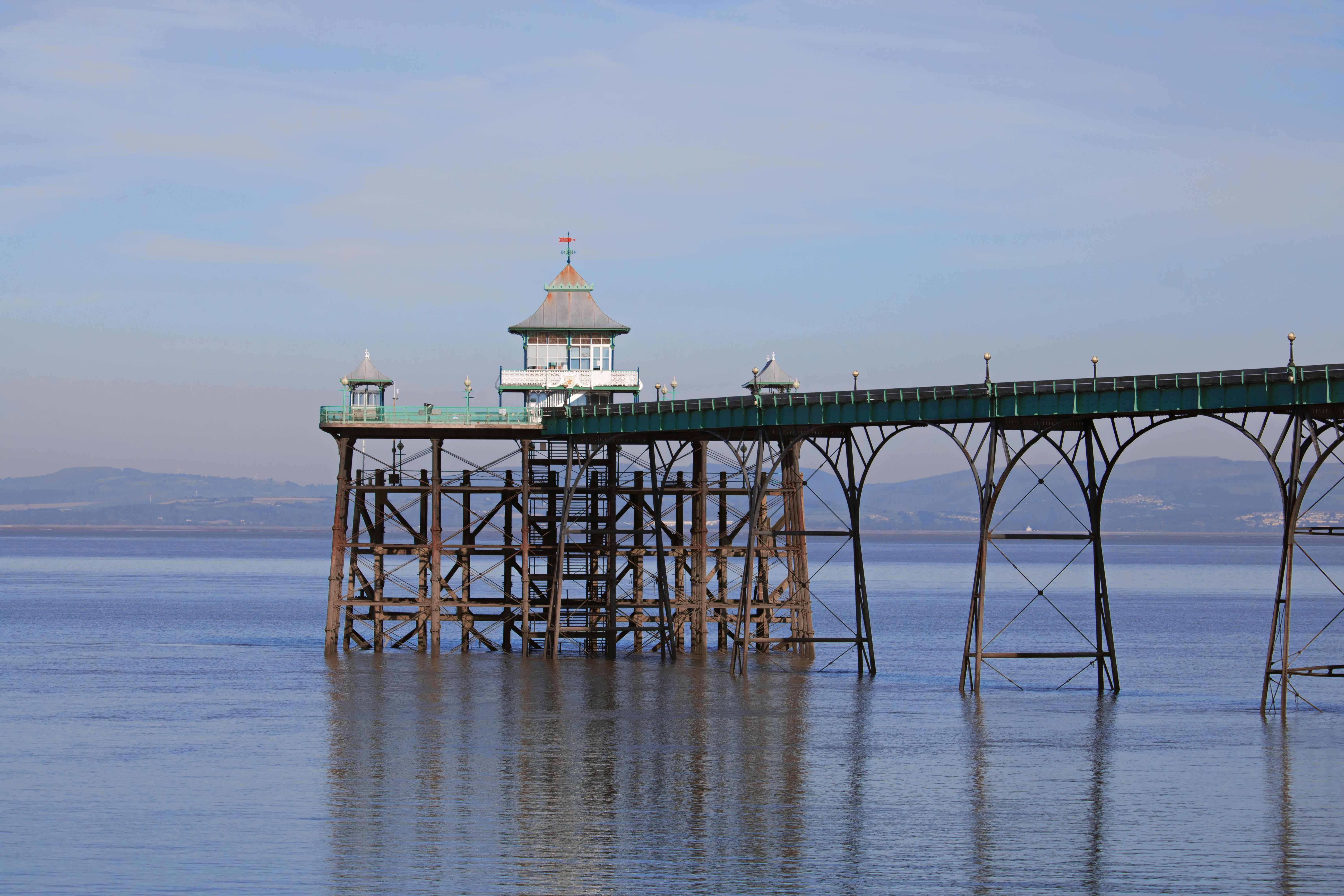 Sunny Day by the Sea in Clevedon