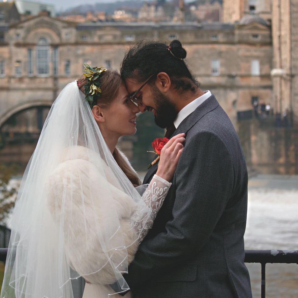 Stunning Loved Up Couple Shots in Bath