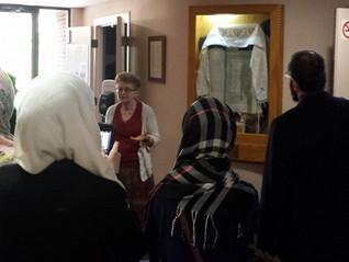 Bringing Muslim students...to Synagogue