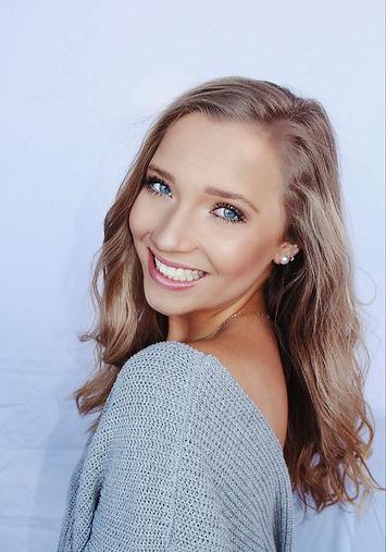 Contestant #11 Sarah van der Meulen-Head