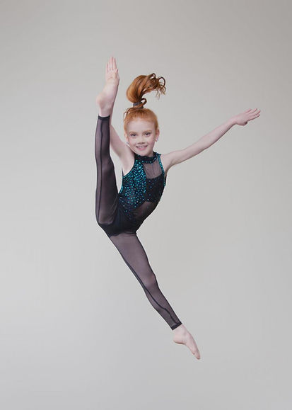 Contestant #19 Bayleigh Bryant - Dance Pose (Chapter 33).jpeg
