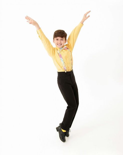 Contestant #2 Easton Gliebe - Dance Pose (Chapter 16) (1).jpeg