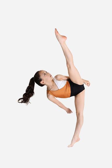 Contestant #16 Ophelia Chan - Dance Pose