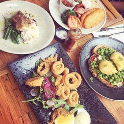 Feast time 🍴😍 #twobirdscafe #collingwood #collingwoodcafe #breakfast #lunch #brunch #breakfastinme