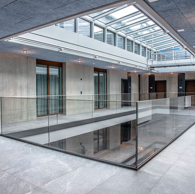 Jungfrau Center Lichthof