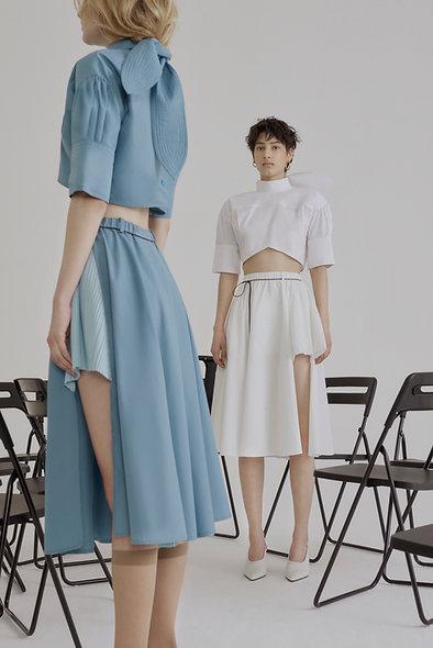 Lea Raw-edge Side Pleated Skirt - White