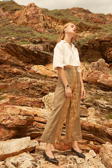 High-Waisted long trousers with button panel - Brown and yellow plaid