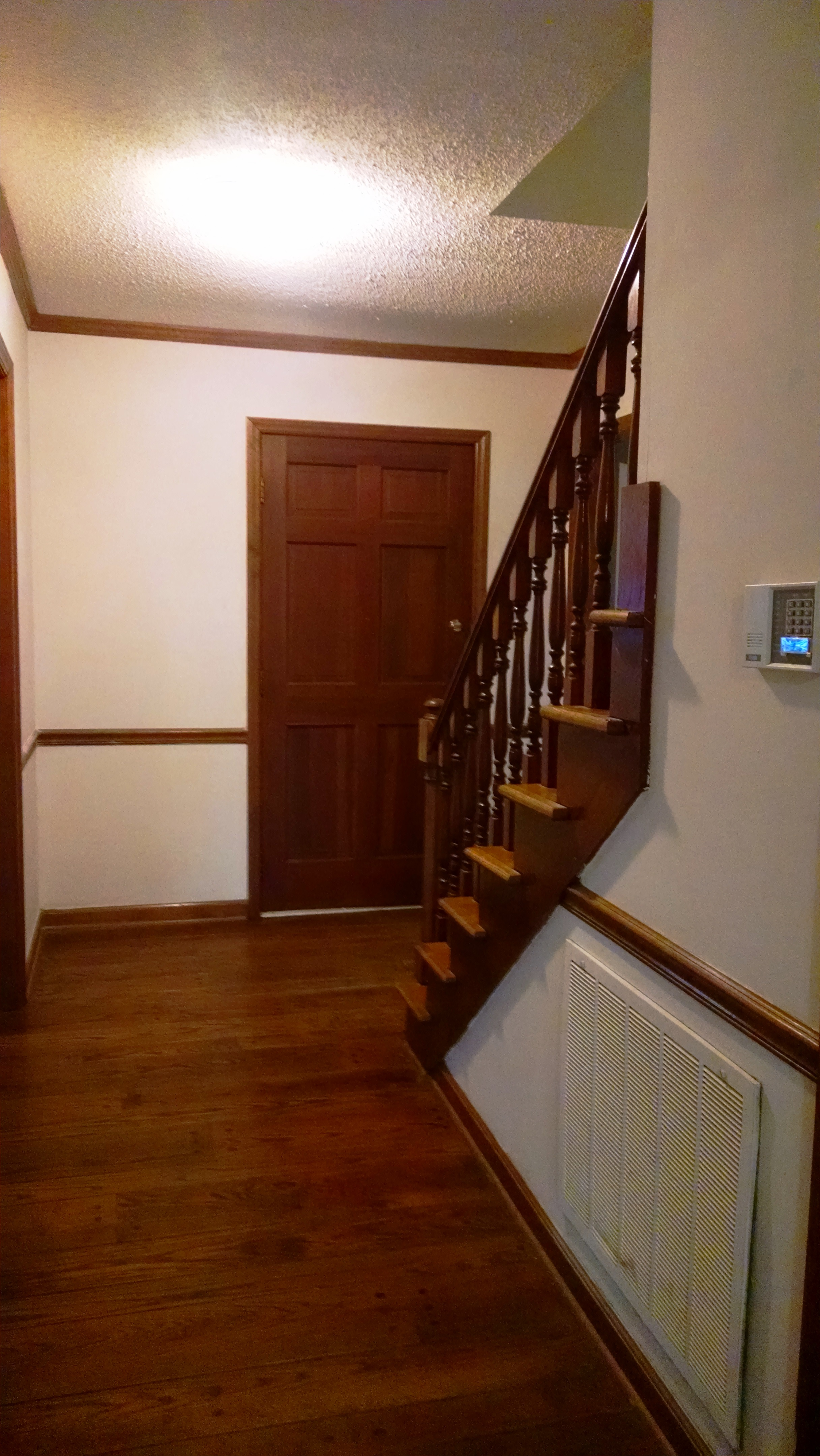 Large Foyer with Chair Rail