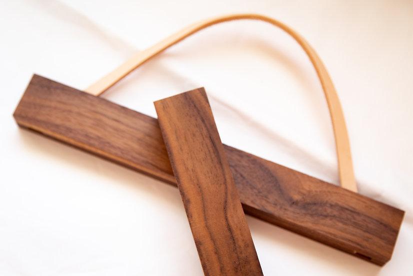 Magnetic Walnut Hanging Frame