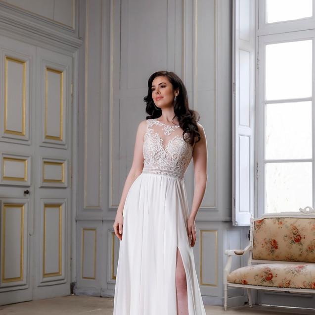 Commercial bridal shoot France Amelie Bridal