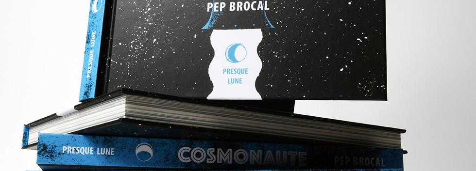 Cosmonaute-tranche.jpg