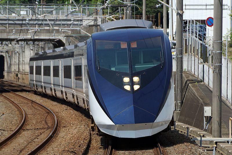 Frontale del Keisei Skyliner