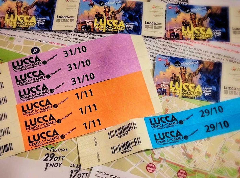 Biglietti e braccialetti