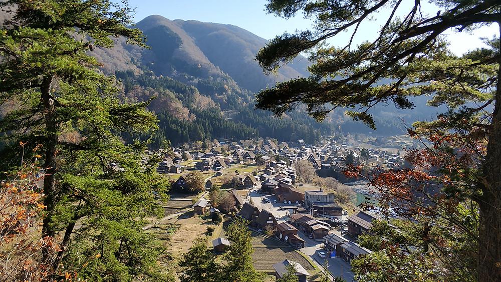 Vista panoramica di Shirakawa Go