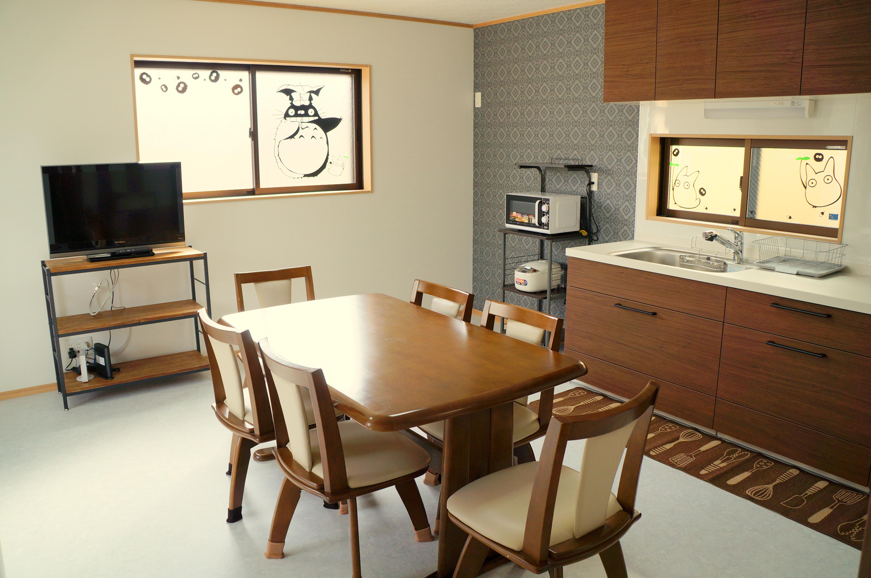 2F 廚房 & 餐廳, 2F Dining room & kitchen