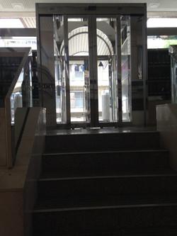 1樓入口(有自動鎖)