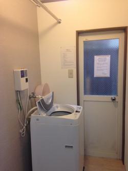 1樓洗衣間