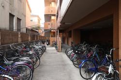 腳踏車停放區