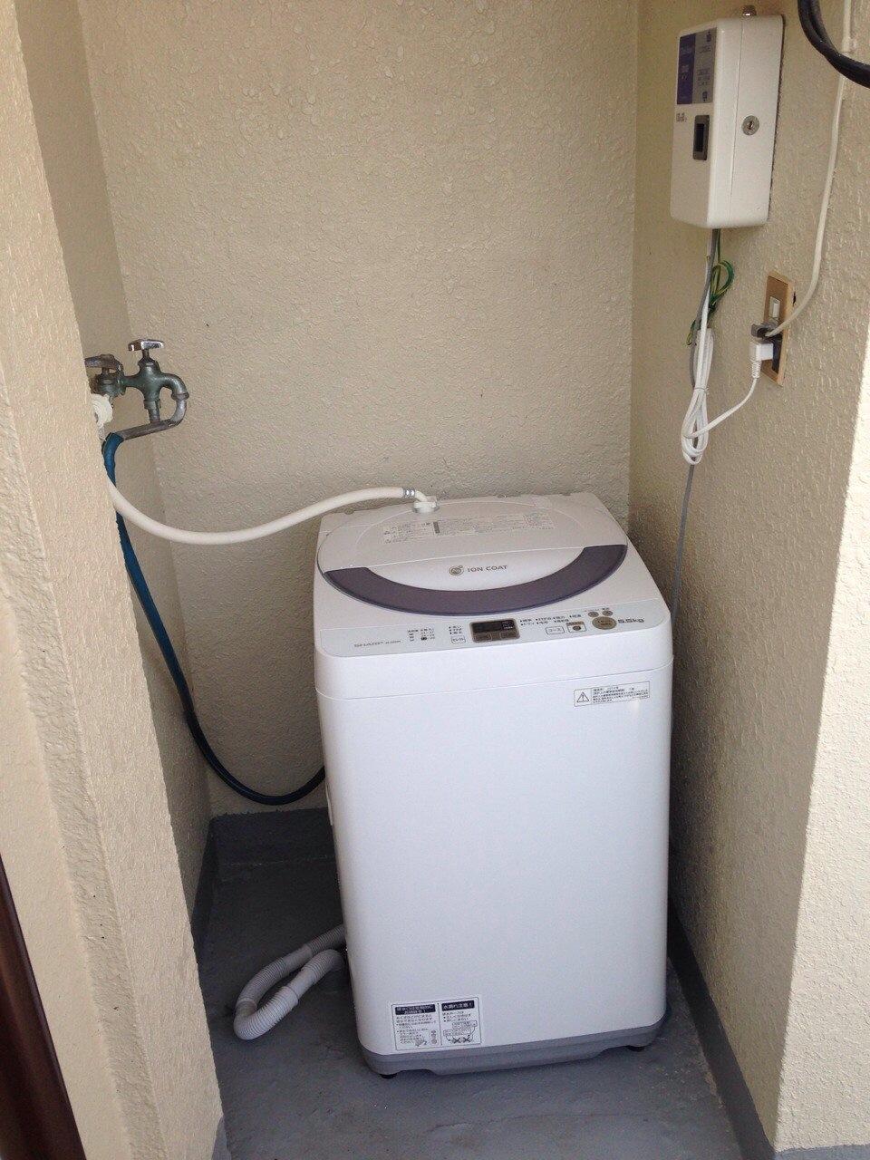 洗衣機(¥100/次)*所有住戶皆可使用(4F)