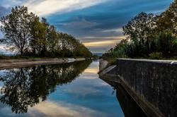 Amanhecer no canal de rega do Mondego-8325