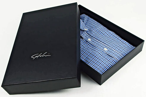 Luxury-Shirt-Packaging-Boxes-With-Shirt_
