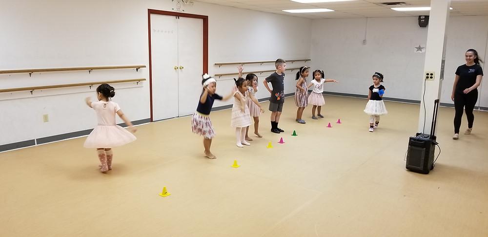 Dance schools for kids in Winnipeg