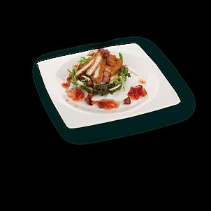 Ensalada Ñam con pollo crujiente, costrones de pan y salsa de anchoa y mostaza