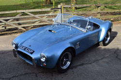 Unique Autocraft 427 Cobra
