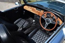 Sebring MX V8