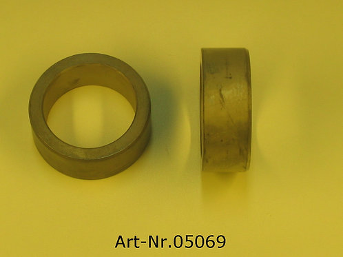 sleeve for radial shaft seal