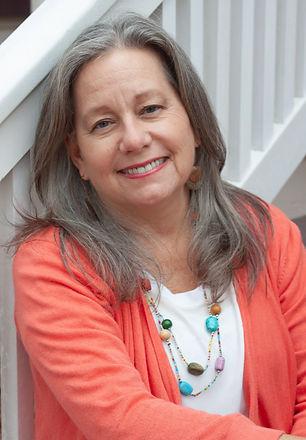 Laurie%20-%207151_edited.jpg