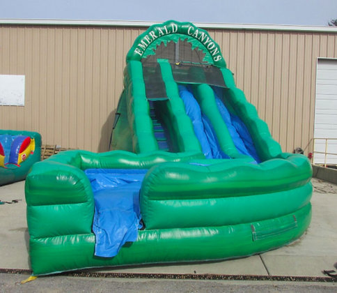Emerald Canyons Dual Waterslide