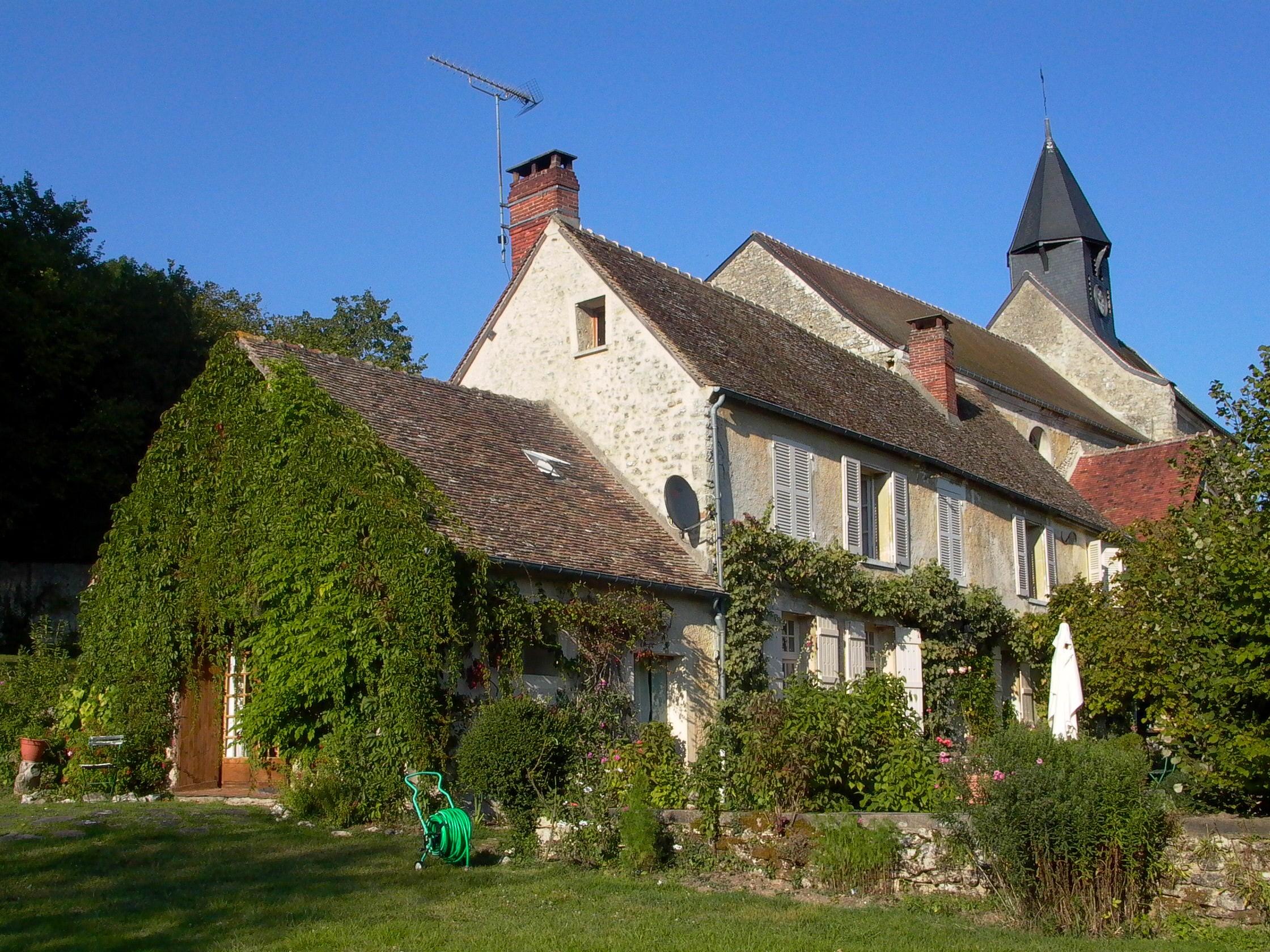 Presbytere de Montreuil sur Epte en 2005