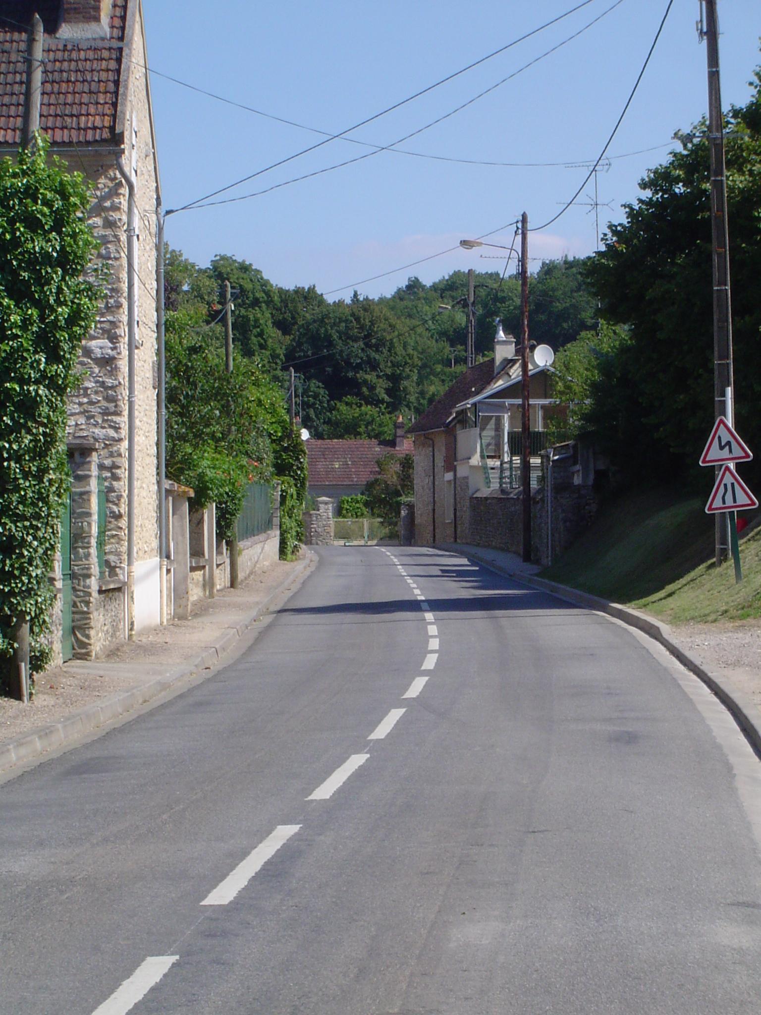 rue Paul Eugène Reineville