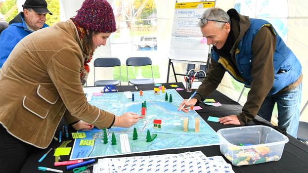 Conception et facilitation d'une activité de cartographie collaborative et production d'un rapport final