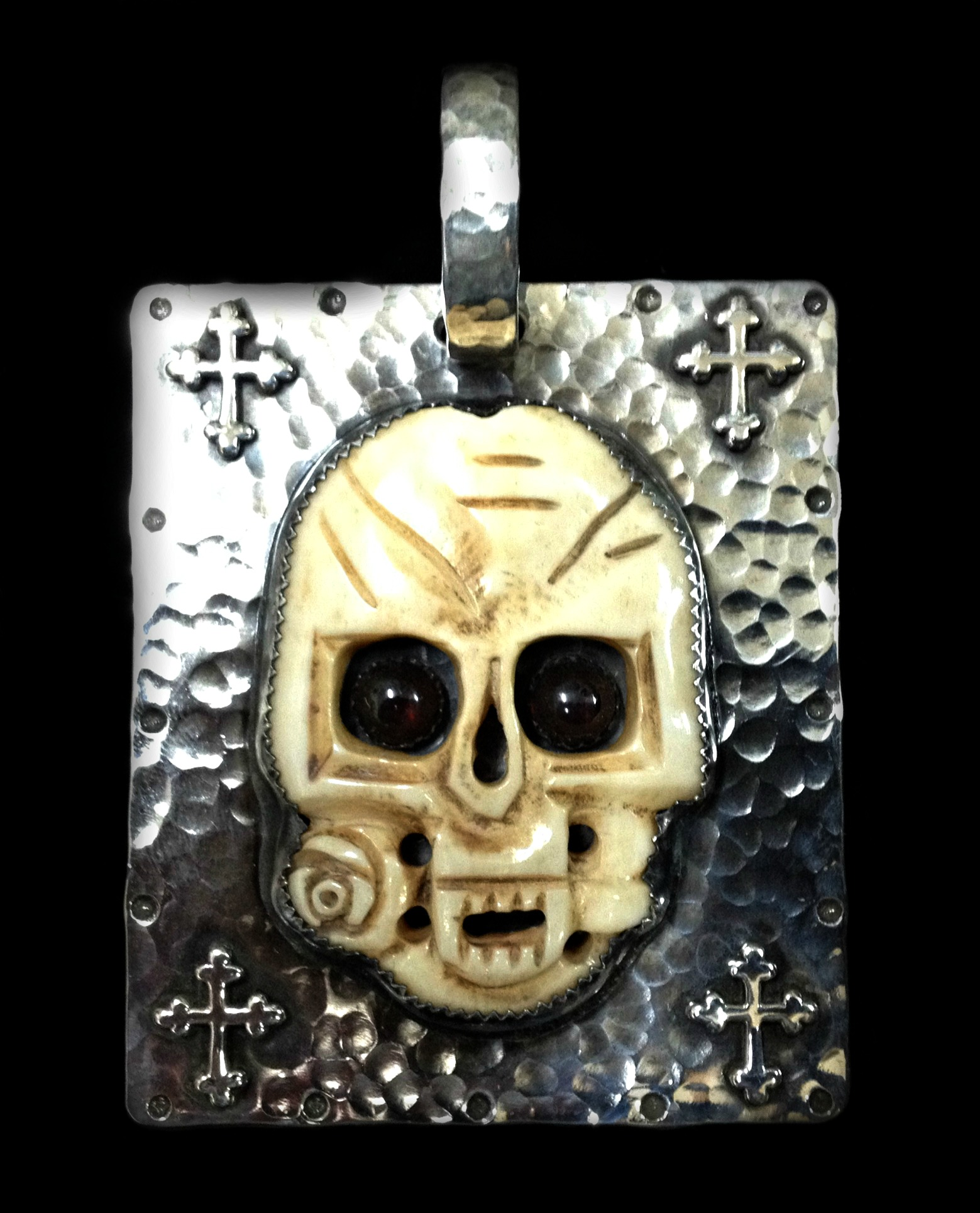 Romance of the Skull Pendant