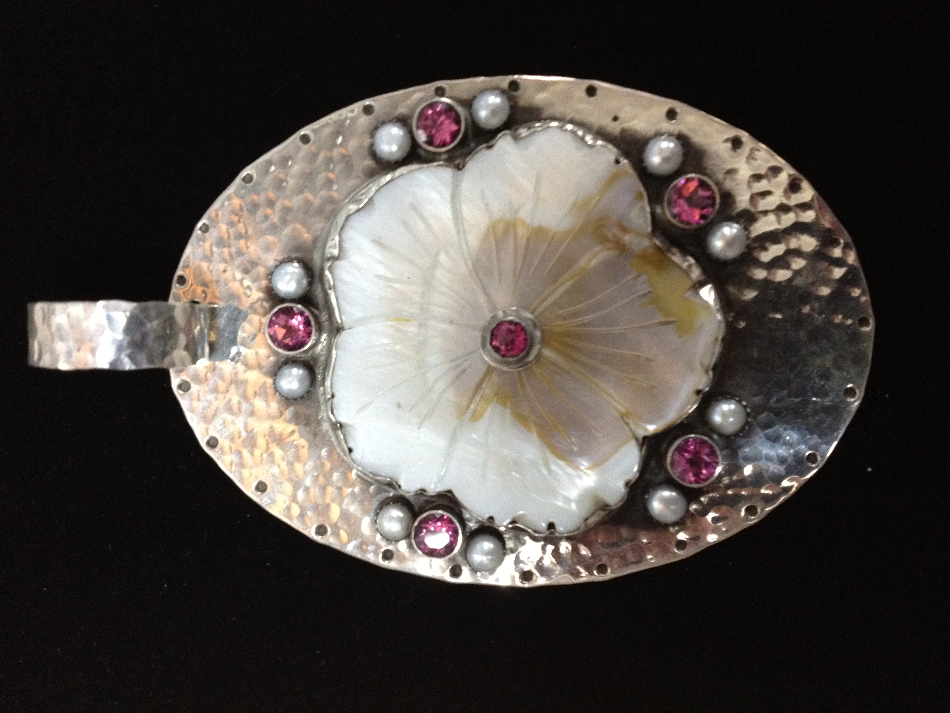 Flower Shell Pendant