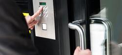 fis-service-access-control.jpg