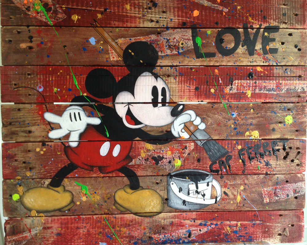Mickey Love Cap Ferret