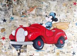 Mickey en voiture