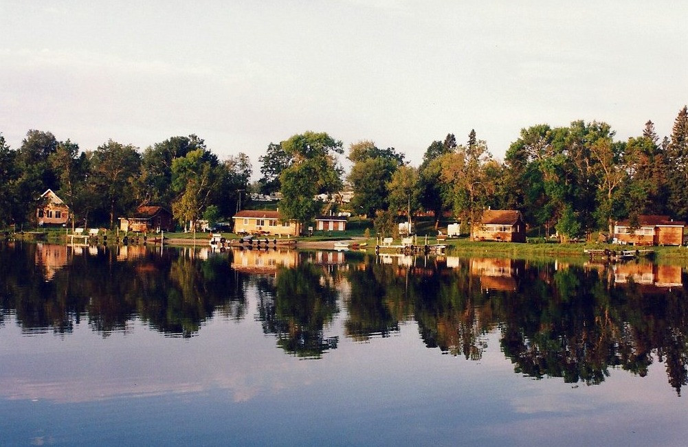 lake-side-resort