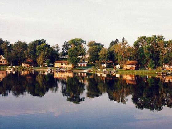 lake-side-resort