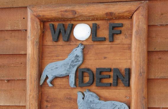 wolfs-den cabin rentals
