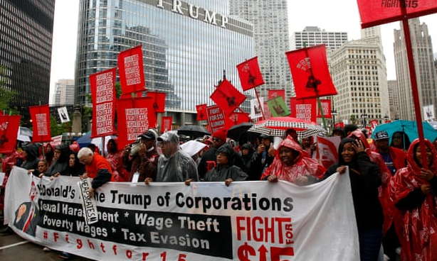 McDonalds workers in 2017 demanding a higher wage