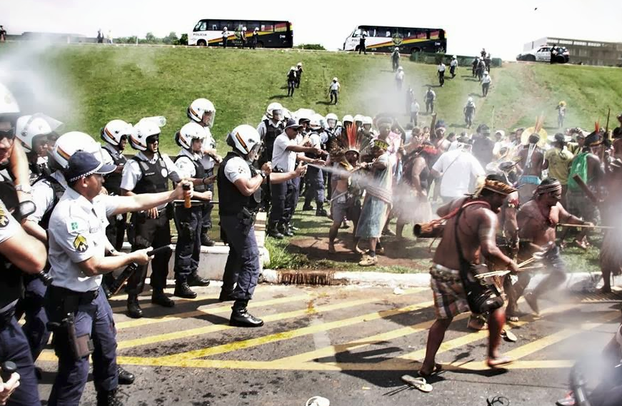 Quilombe peoples land protest in 2013